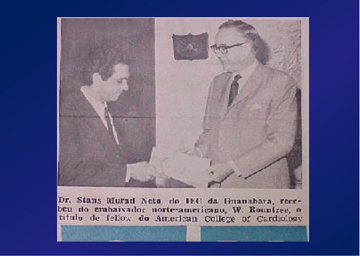 PROF. STANS MURAD NETTO RECEBE DAS MÃOS DO EMBAIXADOR DOS ESTADOS UNIDOS DO BRASIL NA EMBAIXADA AMERICANA DO RJ